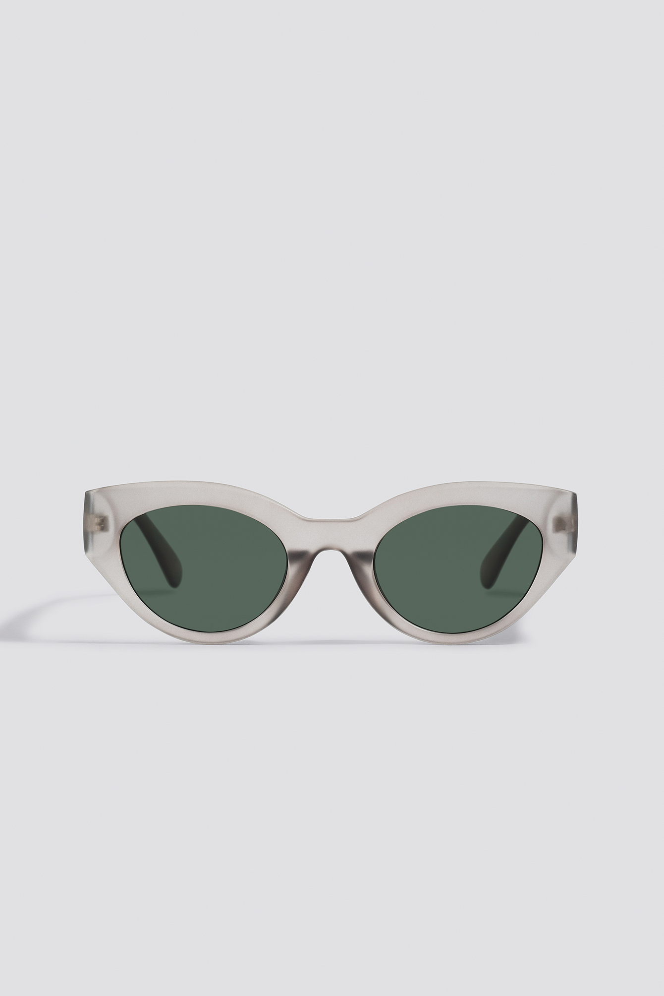 Grey Straight End Cat Eye Sunglasses