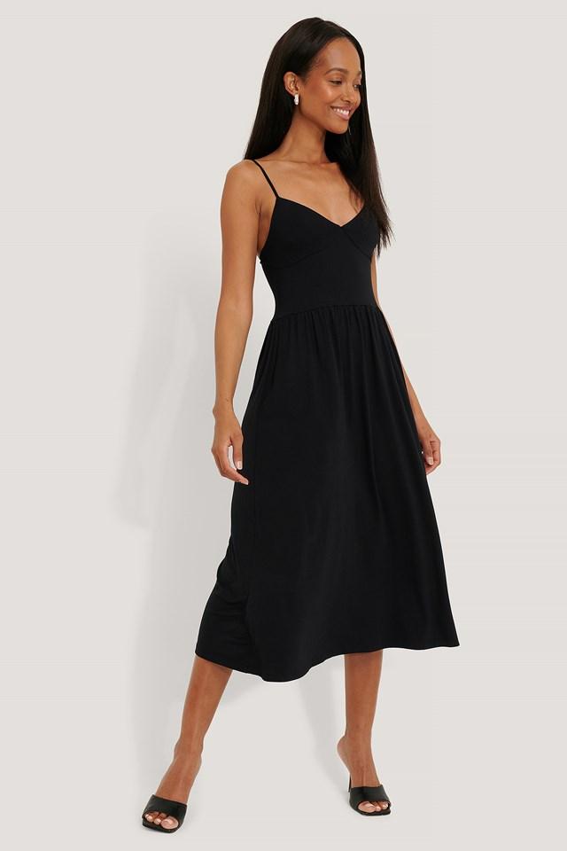 Black Sukienka W Paski Bez Rękawów Z Miseczkami