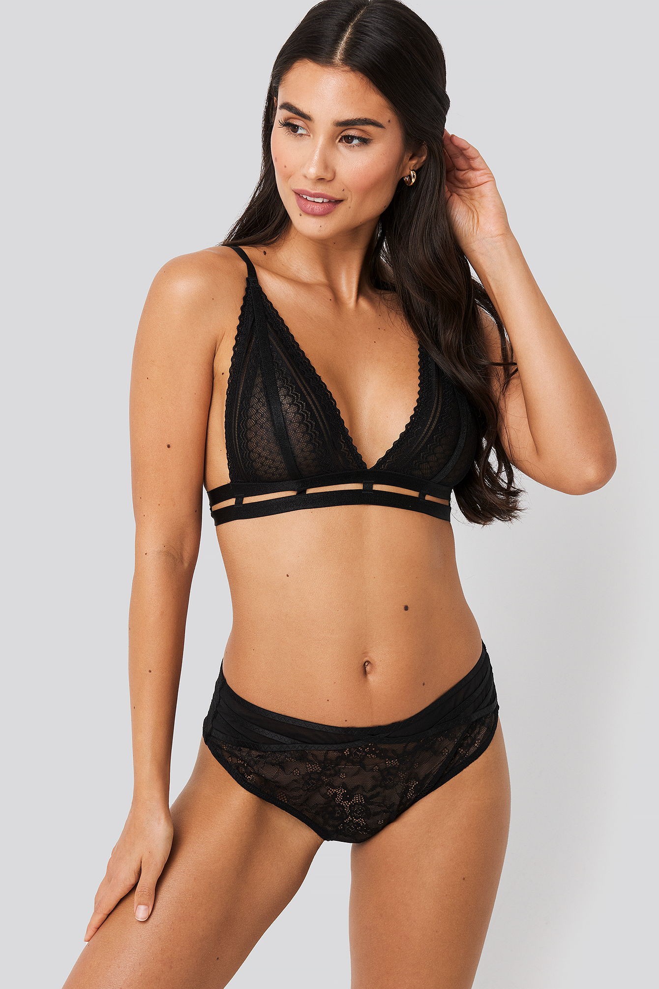 Black Strappy High Waist Lace Panty