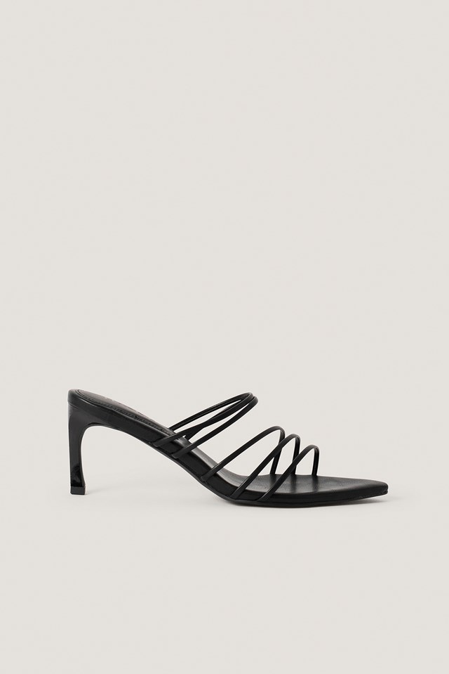 Strappy Pointy Sandals Black