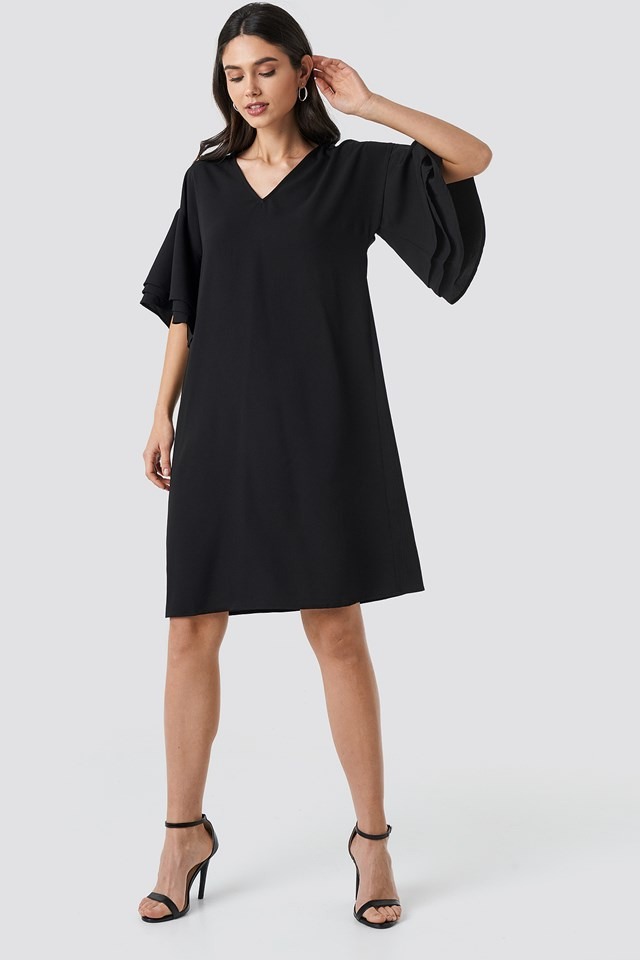 V-neck Layered Sleeve Dress Black