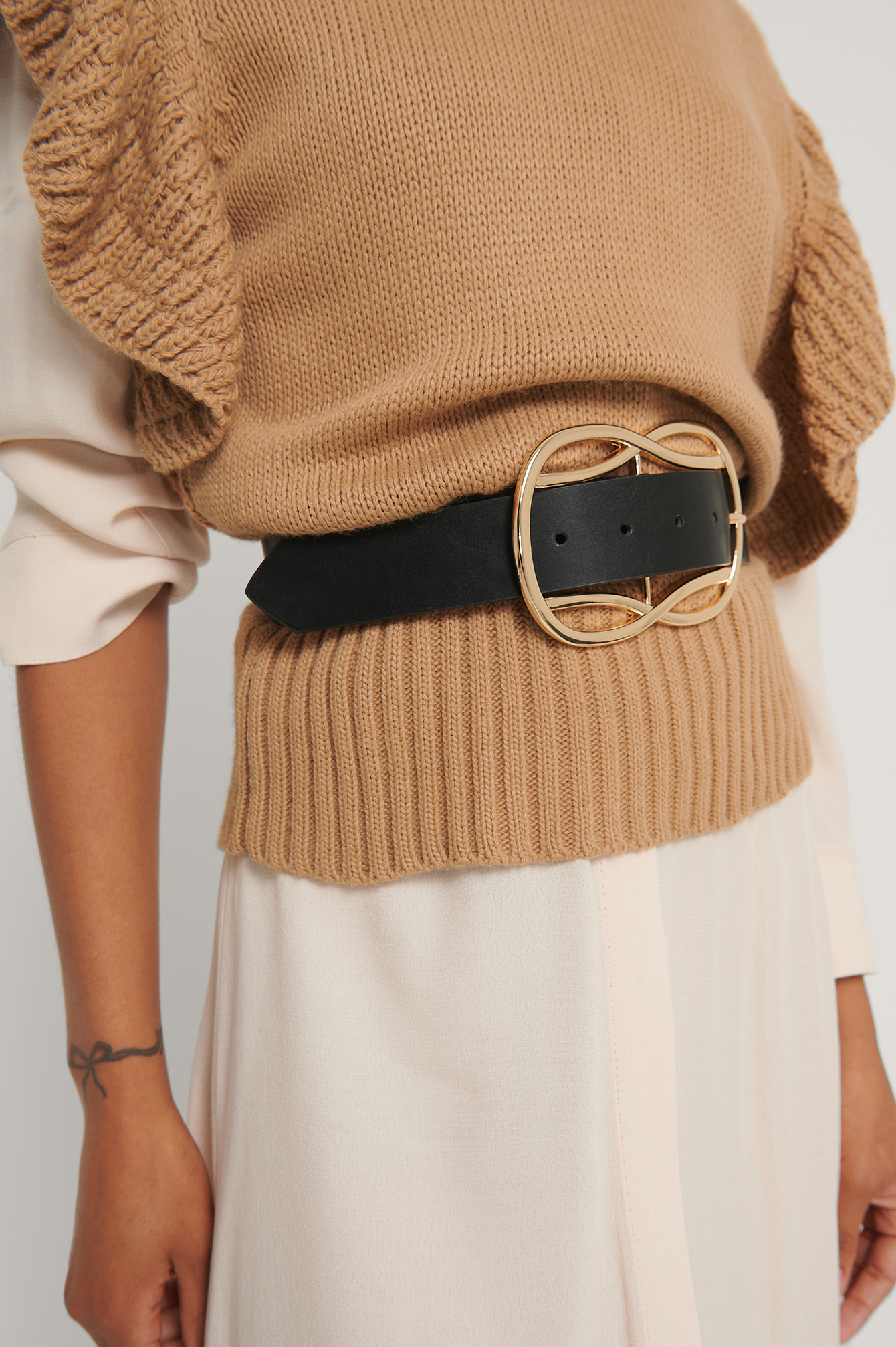 Black Wavy Big Buckle Belt