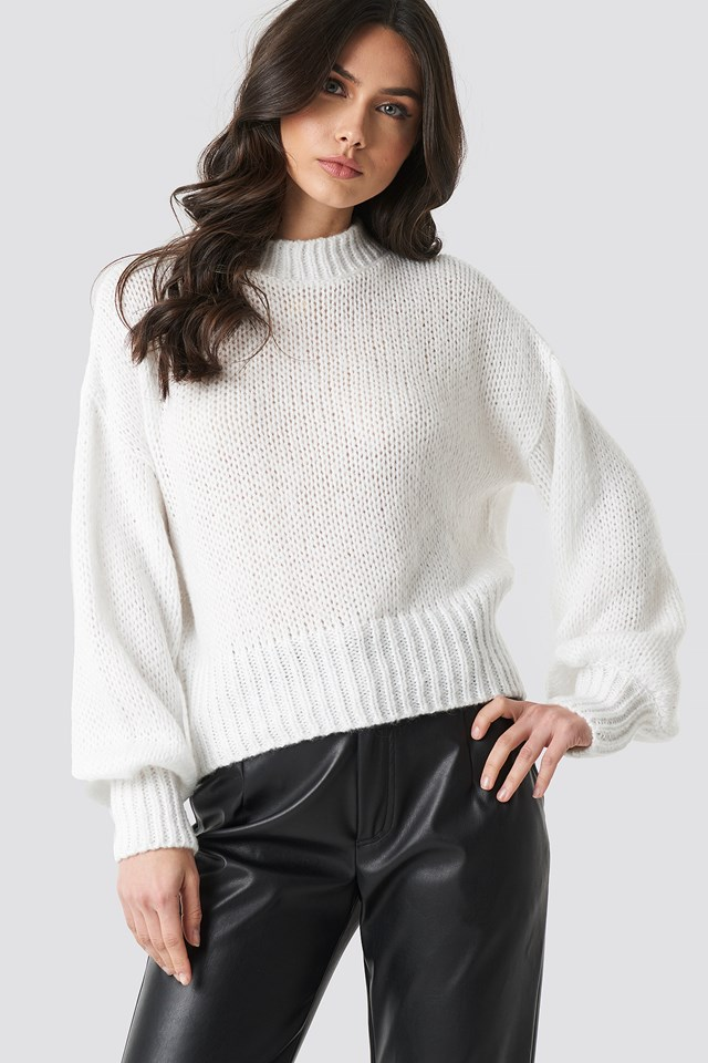 White Wide Rib Short Knitted Sweater