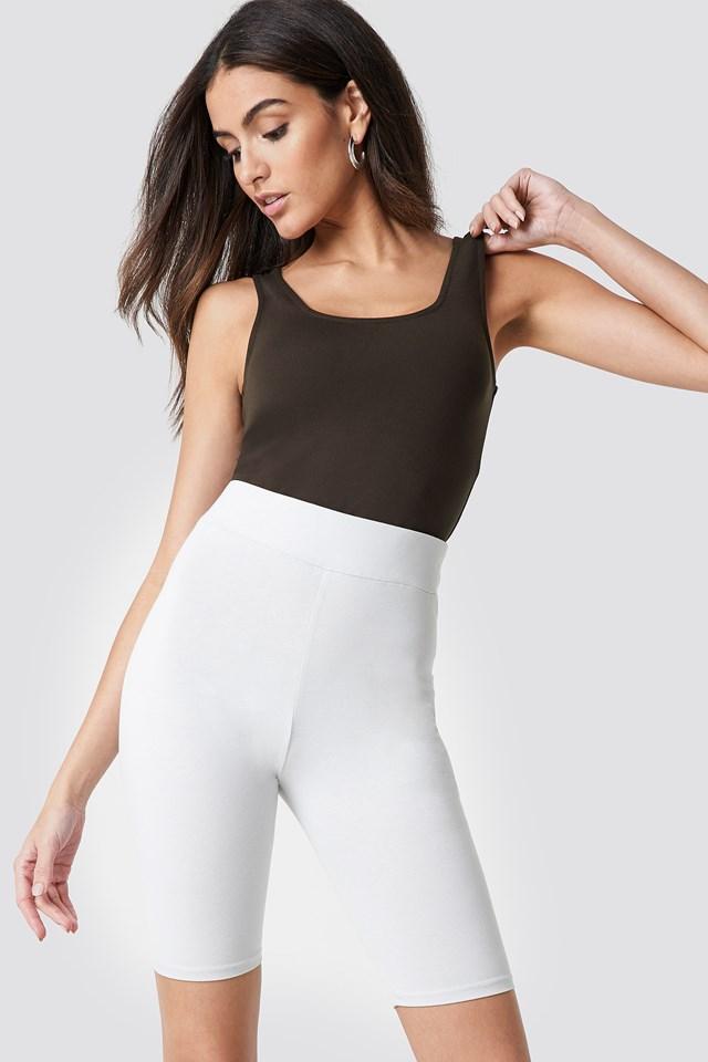 Basic Long Shorts Sand