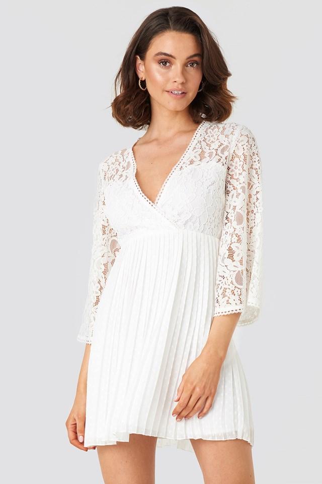 V-neck Dotted Chiffon Lace Dress White