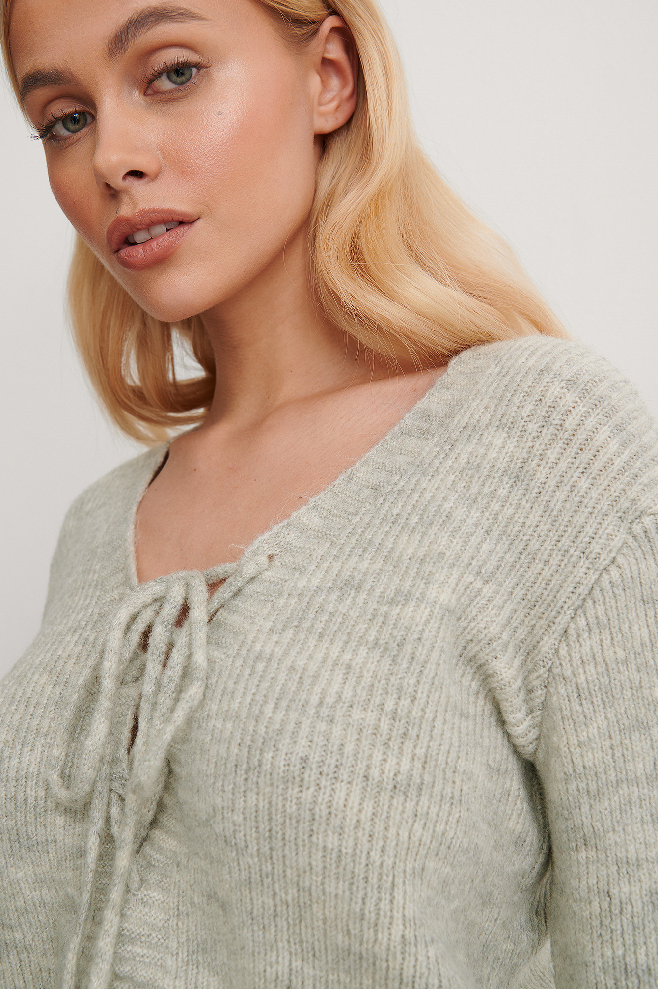Gray Binding Detail Knit Top