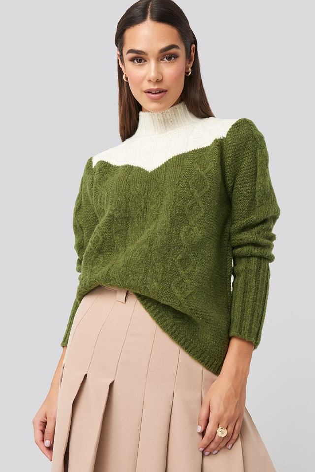 Green Colorblock Knitted Sweater
