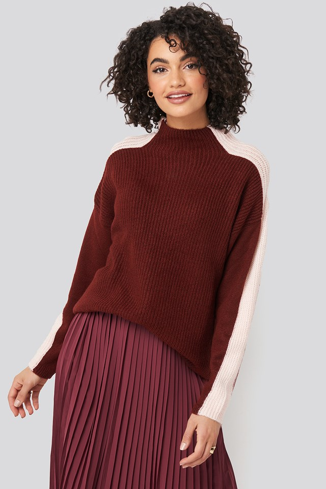 Burgundy High Neck Color Block Knitted Sweater