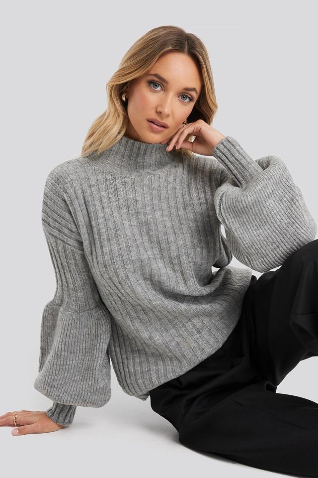Sweter Z Bufiastymi Rękawami Gray