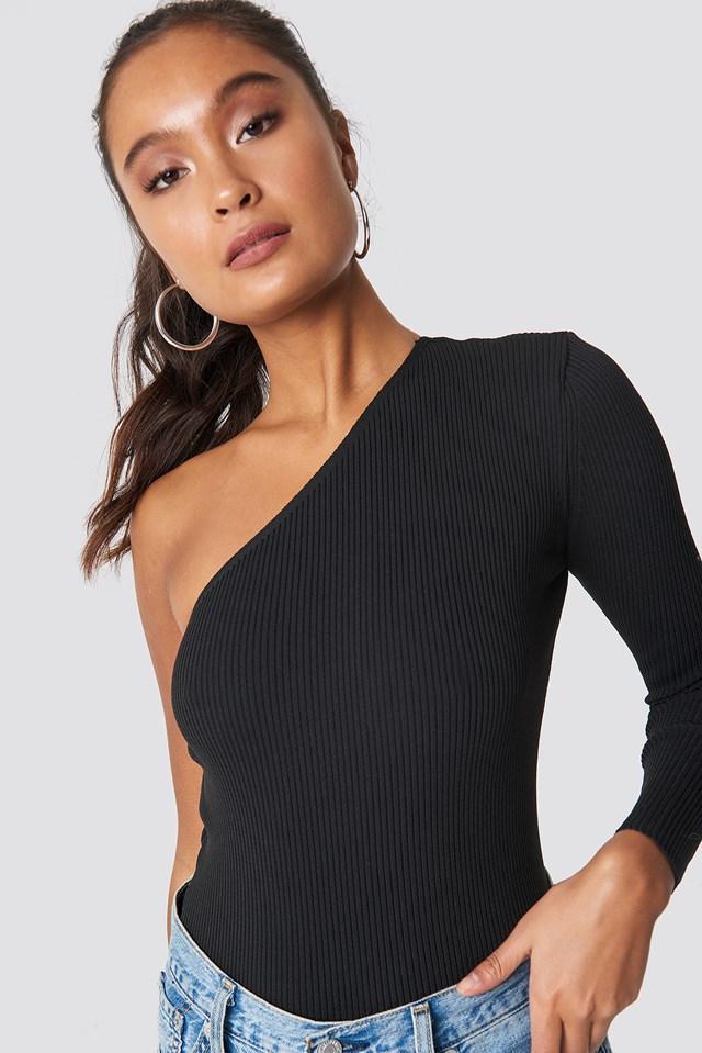 Single Sleeve Top Black