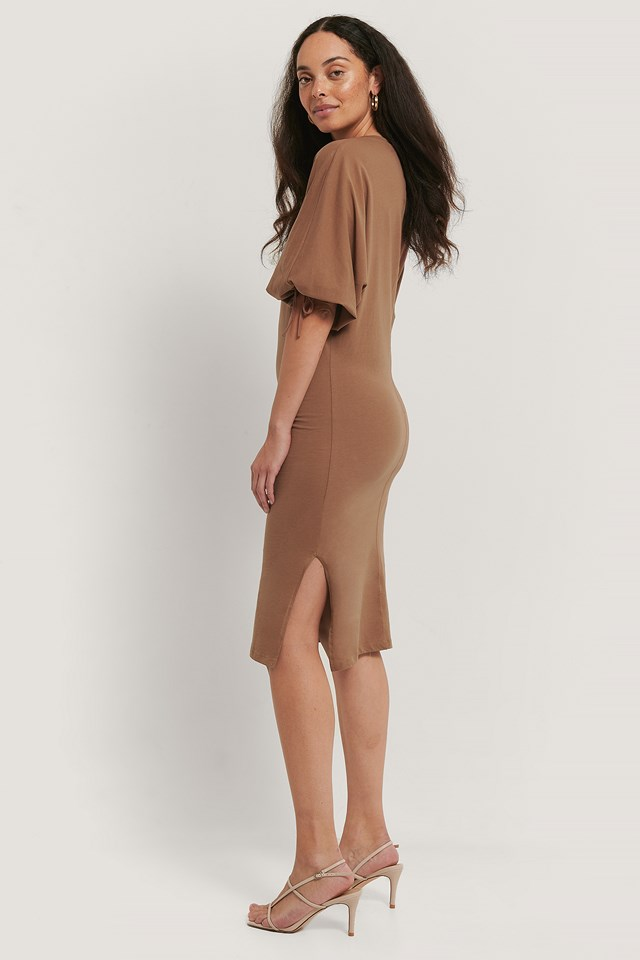 Brown Sleeve Detailed Knitted Dress