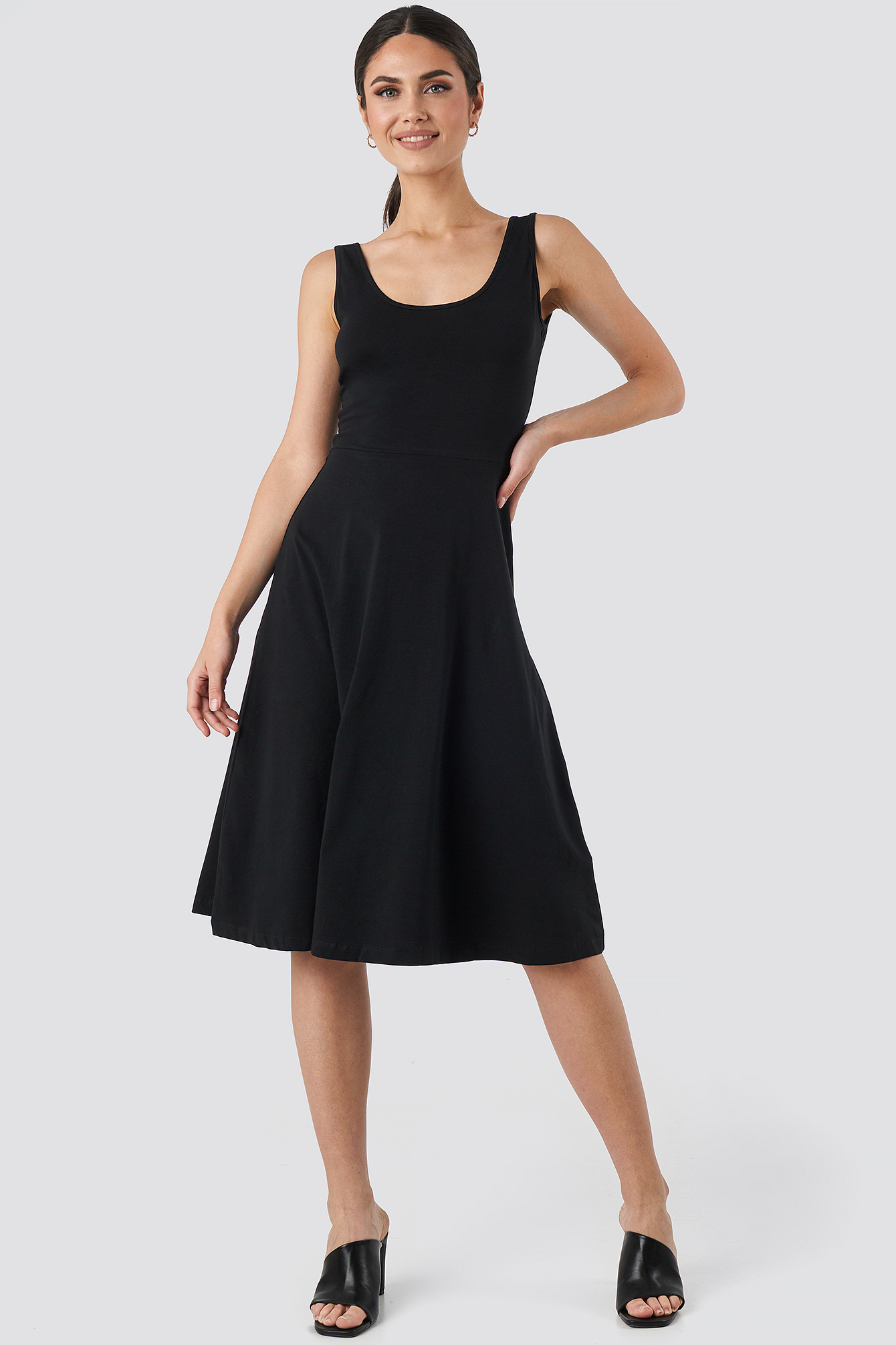 Black Sleeveless Jersey Midi Dress