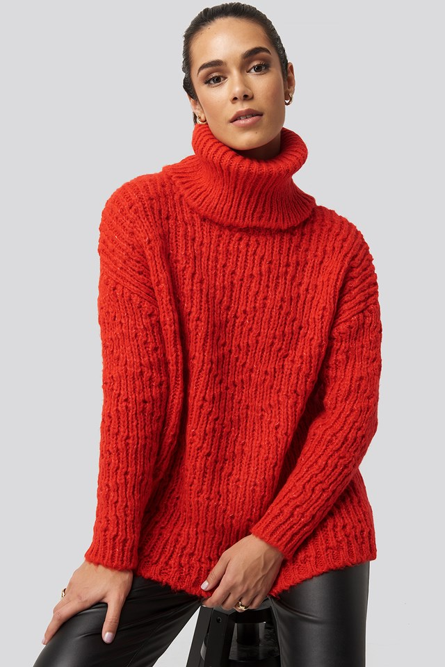Red Turtleneck Knitted Sweater